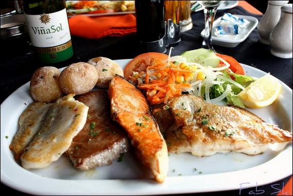 'Grilled Fish at Poco Loco :)' - Fuerteventura